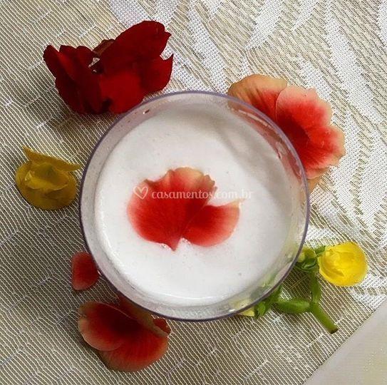 Fulô c/ flor comestível