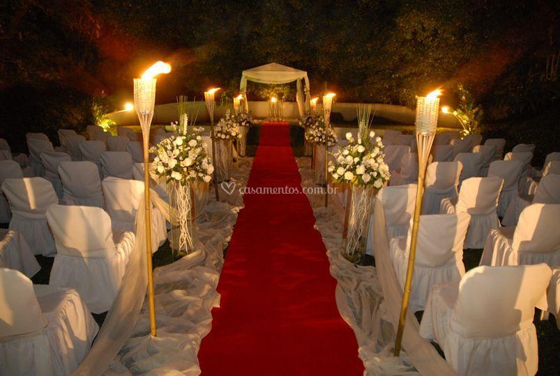 Cerimônia à noite