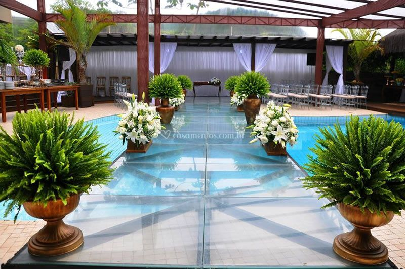 Opção de cerimônia na piscina