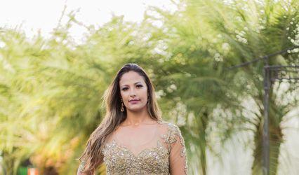 Liz Miranda Trajes