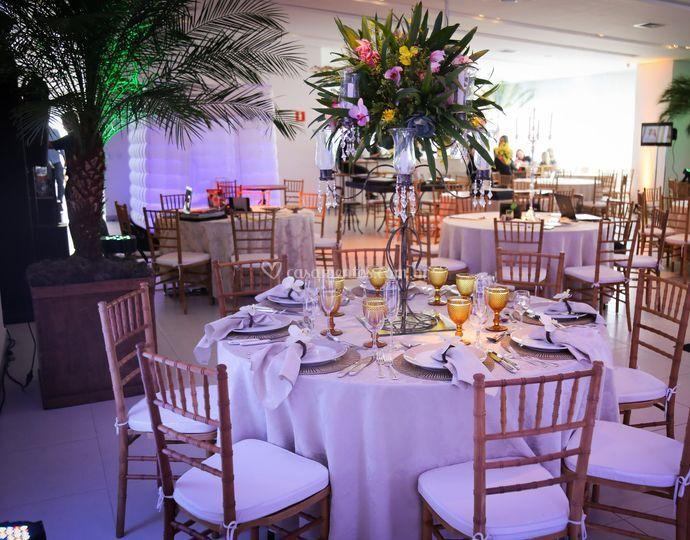 Mesa redonda convidados