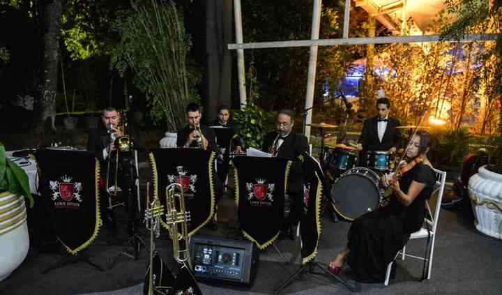 Orquestra & Coral Love Divine