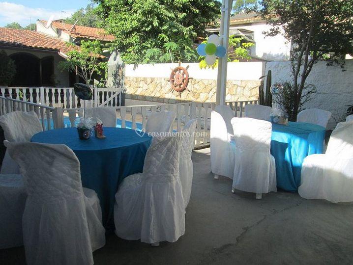 Toalhas de mesa em várias cores
