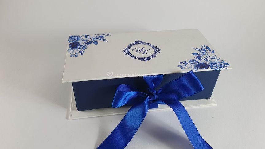 Caixa cartonada azul  royal