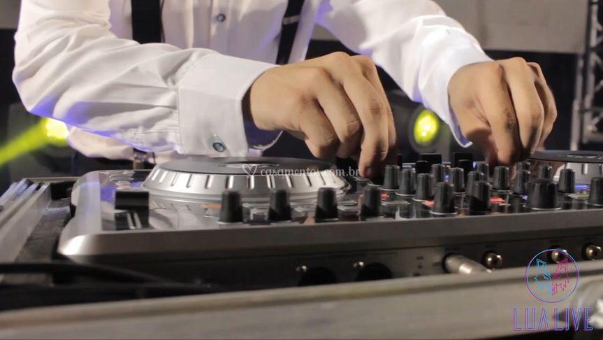 Serviço de DJ incluso