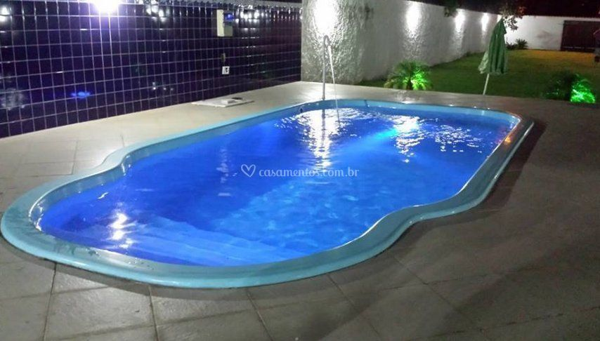 Linda piscina