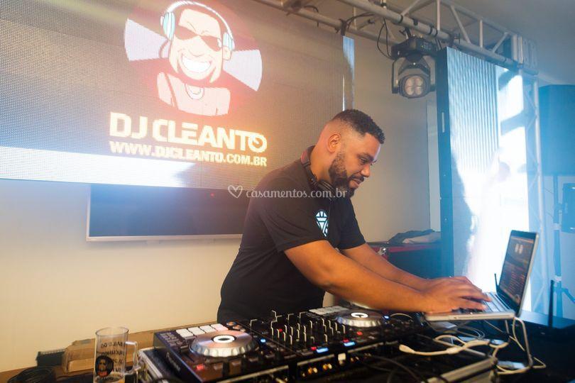 DJ Cleanto - DJ para eventos