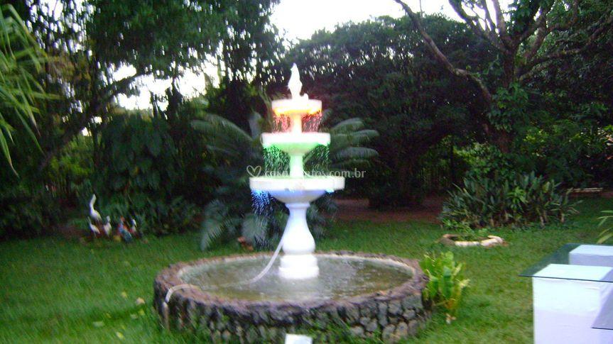 Fonte Luminosa com neon