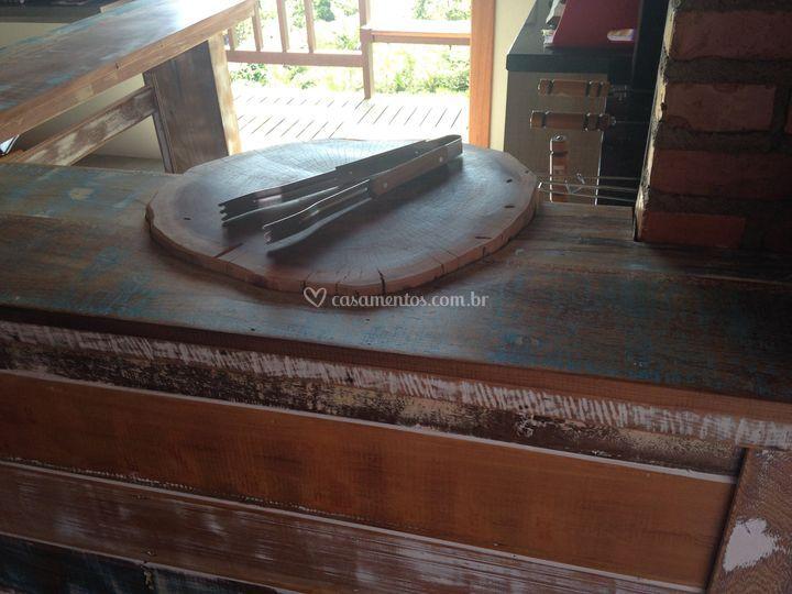 Mesa churrasco canela peroba