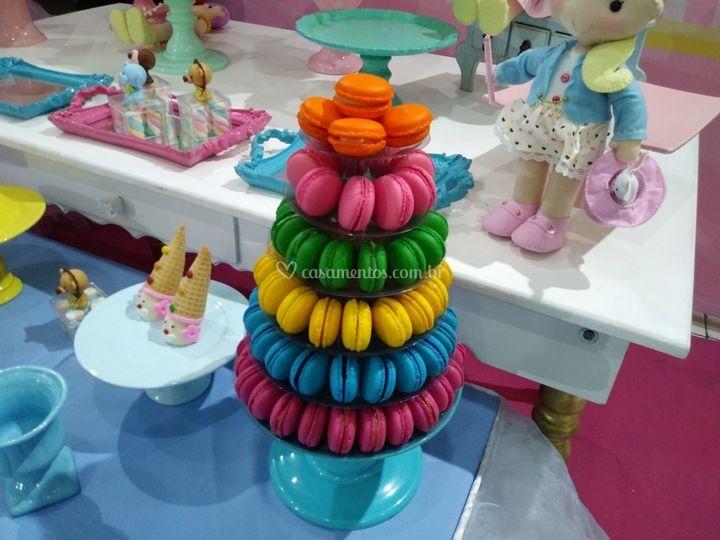 Torre Colorida - Tema Circo