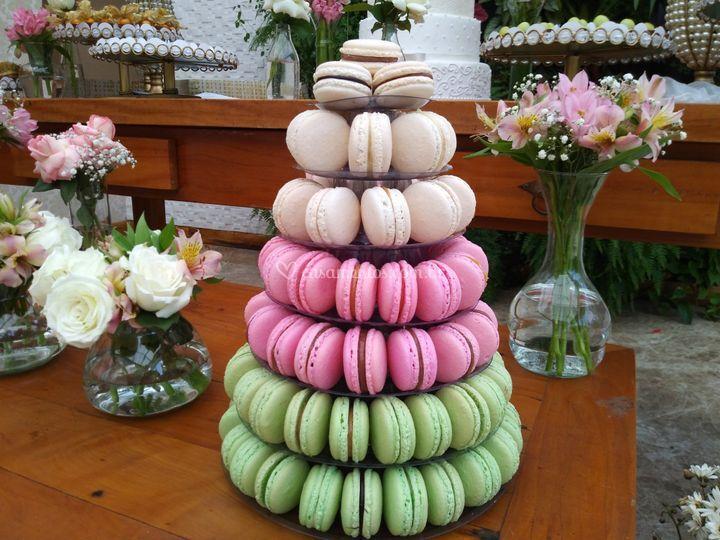 Torre de macarons de 7 andares