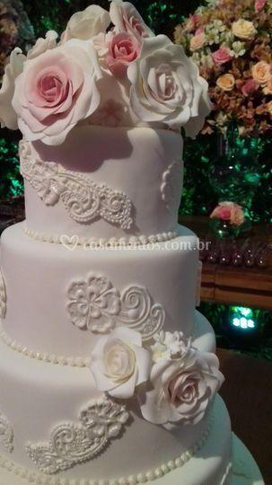 Bolo Casamento - apliques