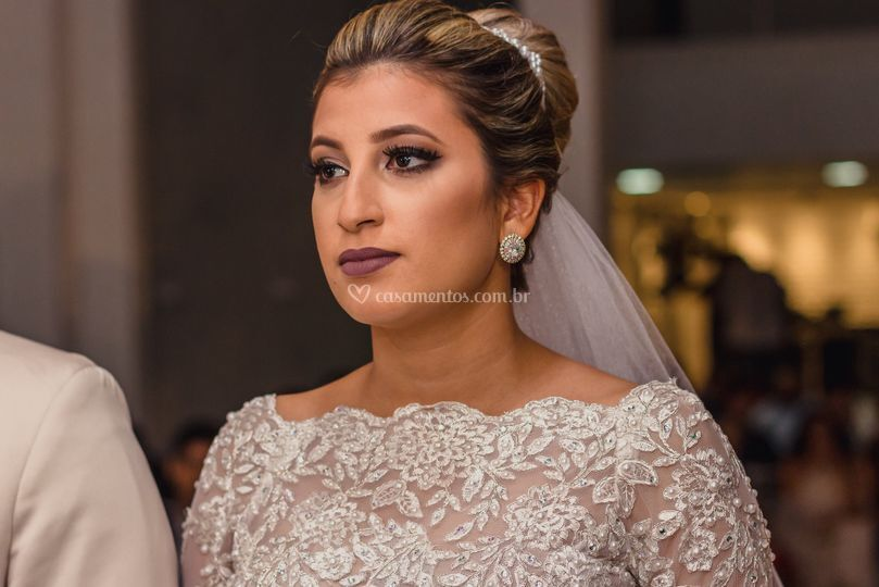Noiva Akta