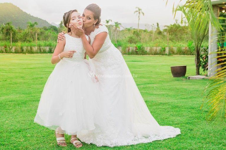 Maquiagem daminha e noiva