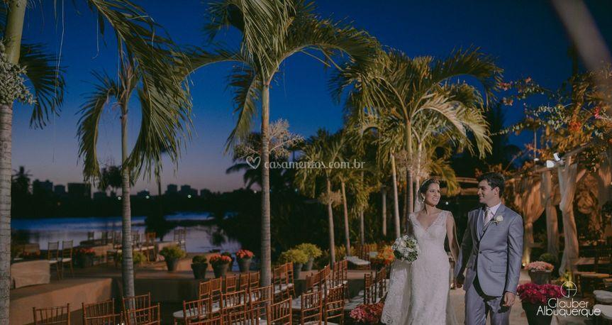 Casamento Colosso Lake Launge