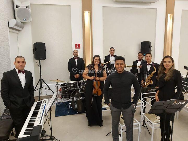 AAron Coral e Orquestra