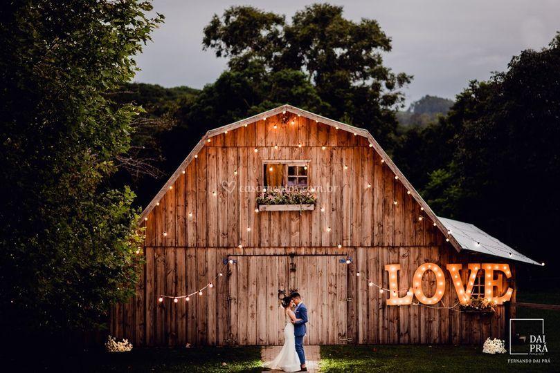 Casamento em celeiro