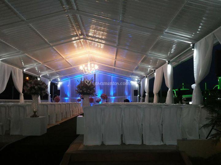 Cerimônia externa coberta