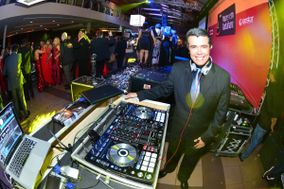 DJ Kleber Barros