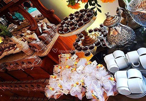 Mesa de doces para a festa
