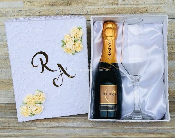 Kit Chandon Brut Caixa MDF