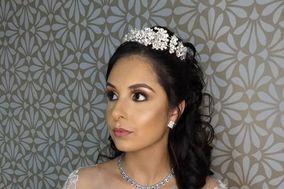 Camila Reis - Makeup & Hair Artist