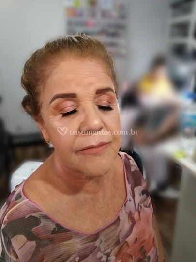 Maquiagem para mãe da noiva
