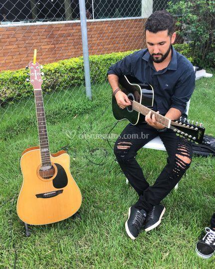 Violonistas/Guitarrista