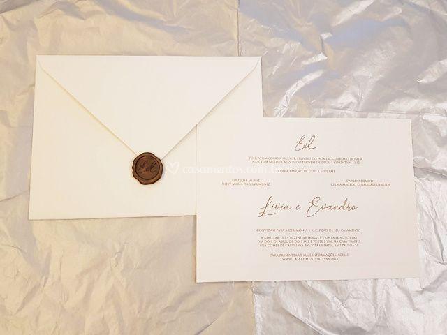 Convite 3: Bico 18 cm x 25 cm