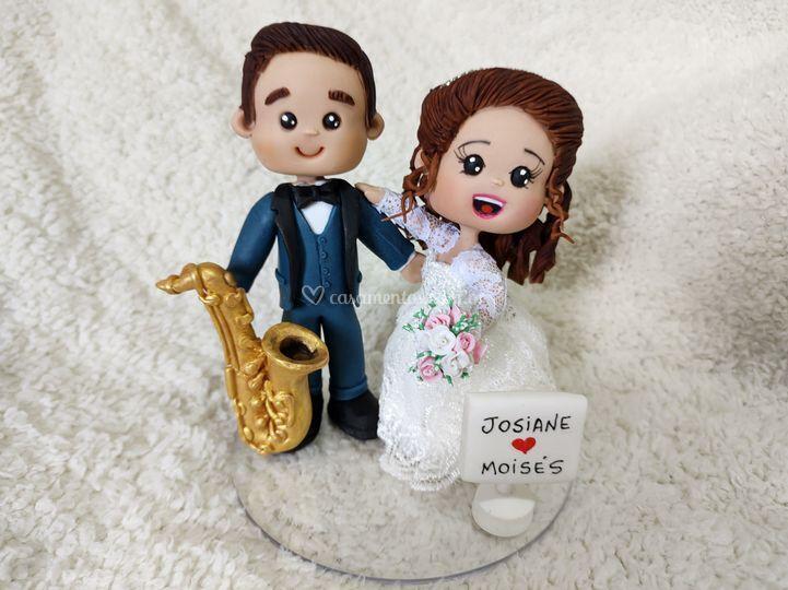 Noivo com saxofone