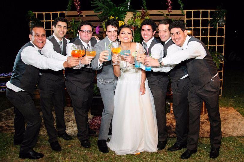 Brinde ao casal Babi e Leandro