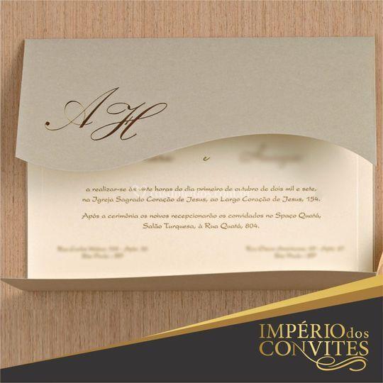 Convite com faca ondulada