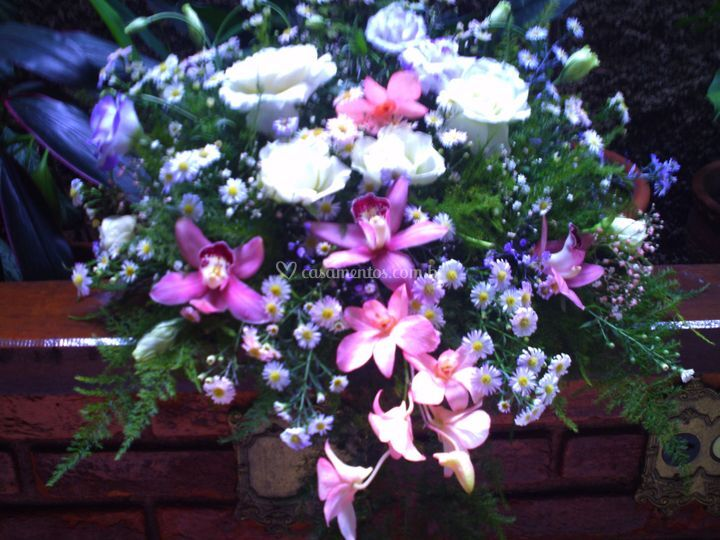 Arranjo com orquídeas