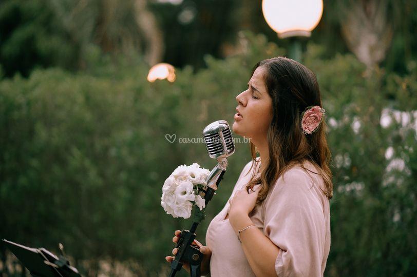 Amanda, a voz da Pra Sonhar