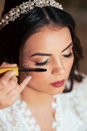 Laysa Cruz Makeup