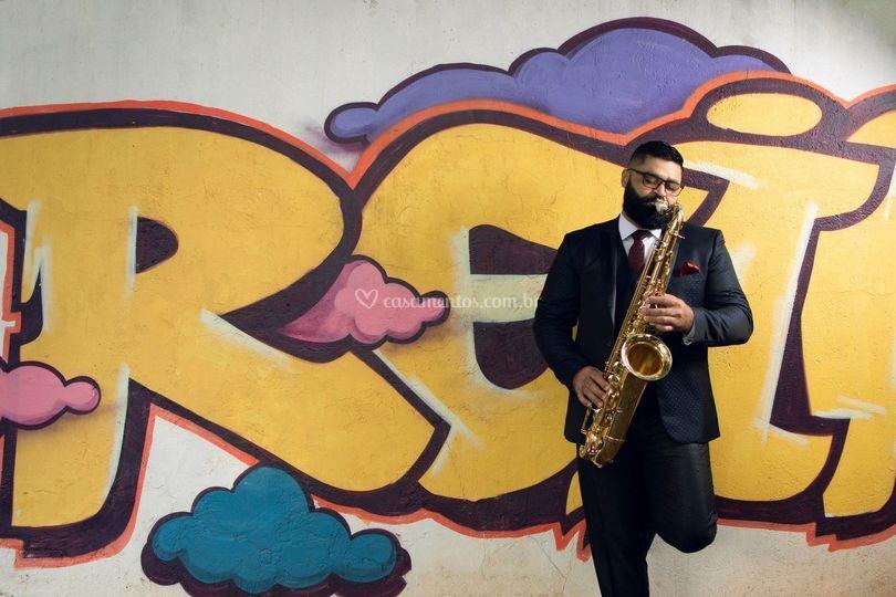 Charlie Melodia - Saxofonista