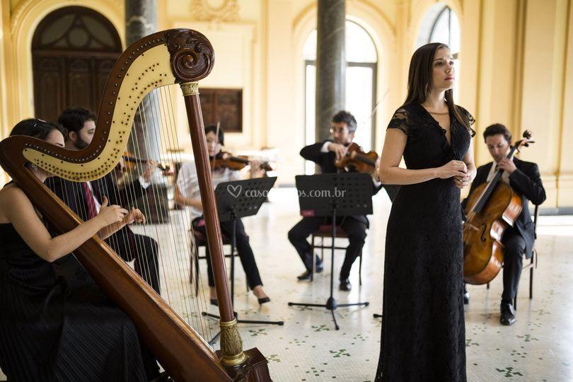 Quarteto harpa e voz feminino