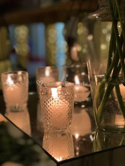 Pontos de velas na mesa
