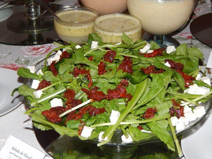 Salada de Rúcula c/tomate seco