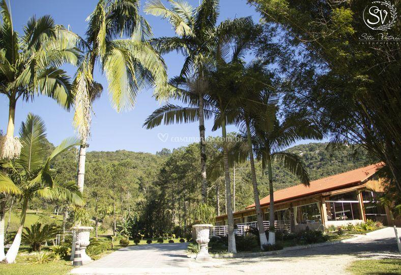 Salão Frente Lagoa