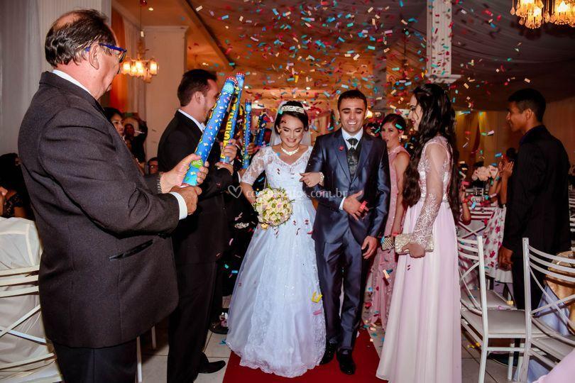 Saída do noivos