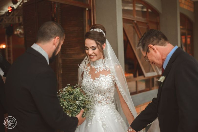 Preparando a noiva e o pai.