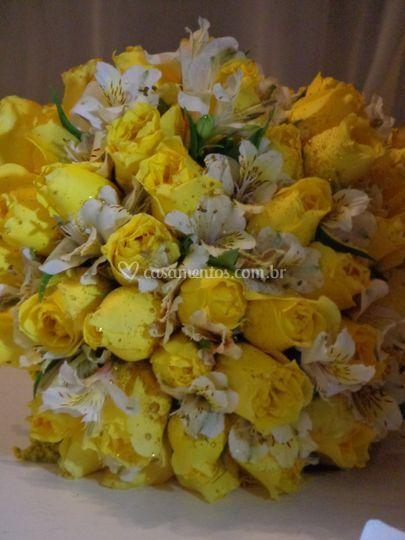 Buquê amarelo e branco