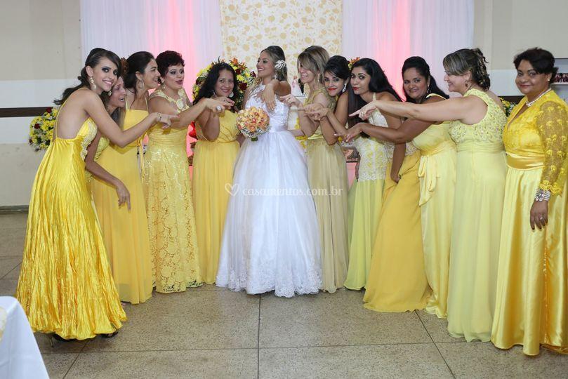 A noiva e as suas madrinhas