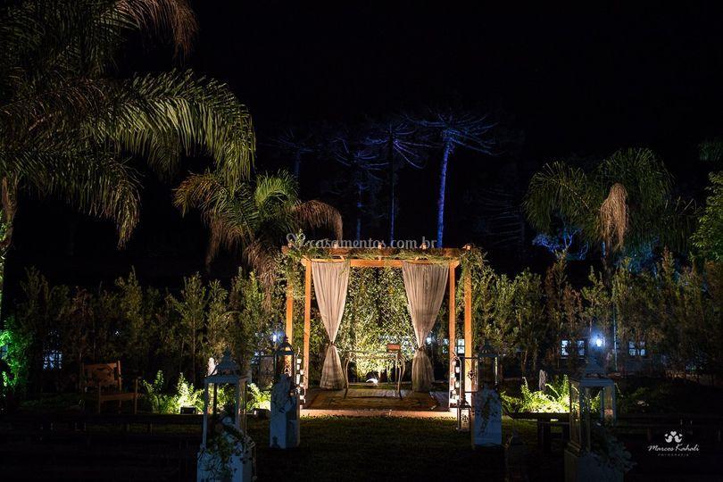 Cerimônia ao ar livre noite