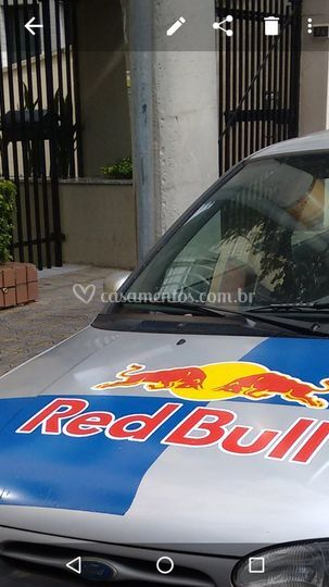 Mondeo red bull