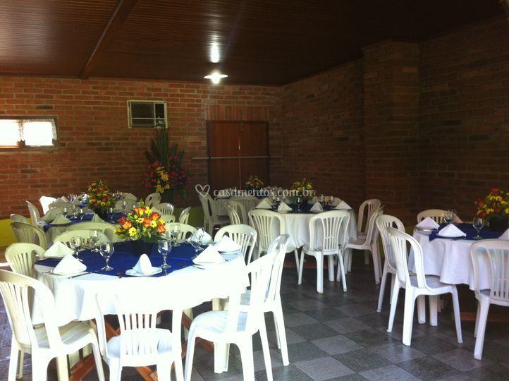 Almoço de casamento, espaço 1