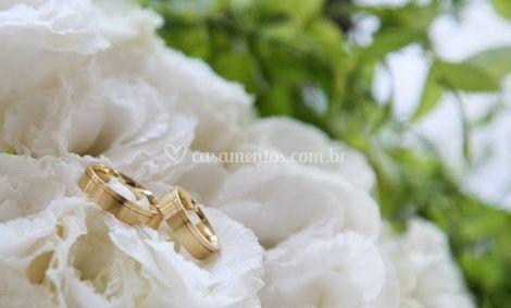 Os anéis de noivado