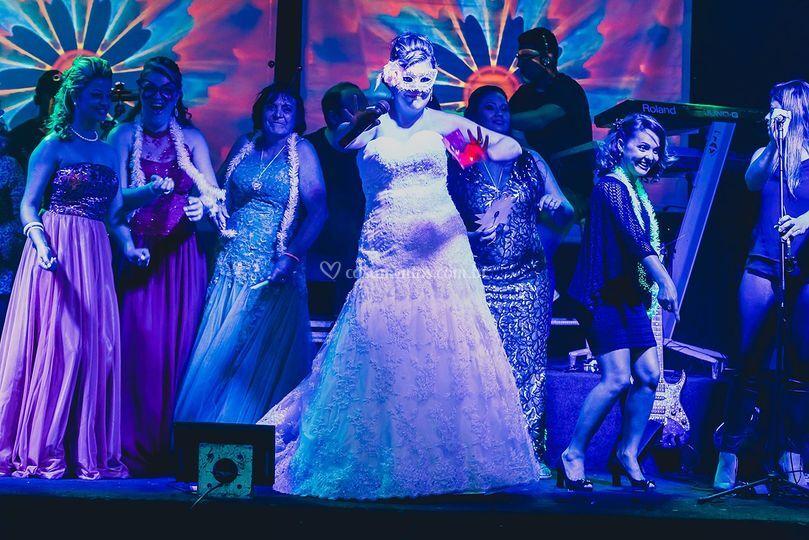 Noivos no palco