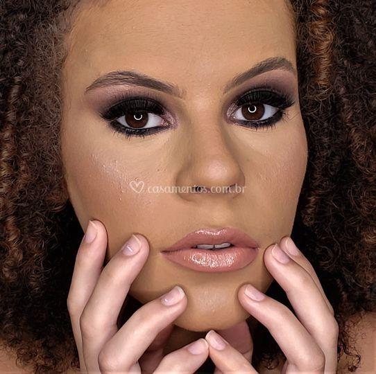 Dalila Make up